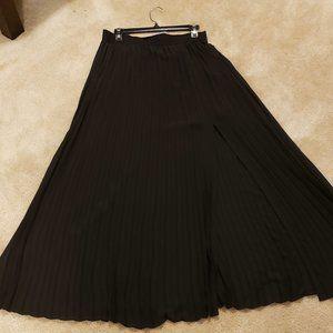 NY&Co Black Pleated Maxi Skirt